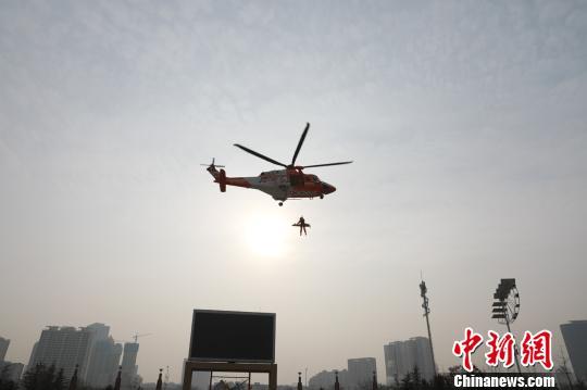 甘肃启动直升机应急救援