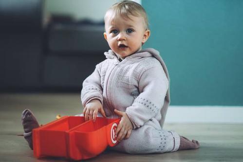 宝宝冬季穿衣有什么讲究