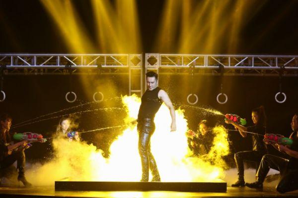 花漾梦工厂第二季第七期预告 张伦硕大展猛男本色水中大秀好身材