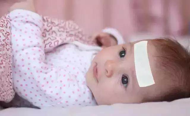 宝宝发烧感冒有发烧怎么回事啊