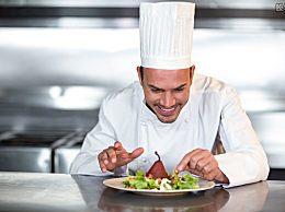 酒店评选不合格菜品处罚厨师