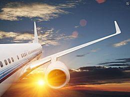 江西航空通报客机在高空风挡爆裂