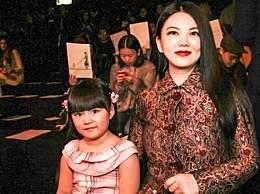 娱乐圈第一女富豪不是李湘而是她!身价百亿零绯闻,默默捐款