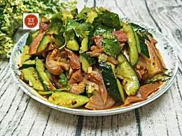黄瓜和它一起拌,简直人间美味,而且还是男人们最喜欢的下酒菜!