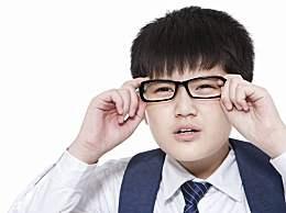 """开学季""""小眼镜""""又多了, 如何防治高度近视?"""