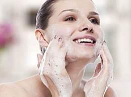 为什么护肤品越用越干?