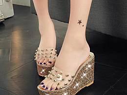 好看又漂亮的坡跟拖鞋,让你轻松穿出女王气质