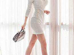 美女包臀裙搭丝袜 ,恰到好处的美 ,更显美腿修长