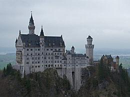 世界十大最美城堡盘点 令人窒息的壮丽美景