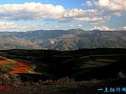 巴西高原 世界上最大的高原 相当于中国的一半以上