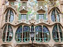 巴塞罗那十大最佳旅游景点 圣家族大教堂位居第一