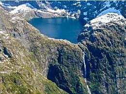 世界上十大最高的瀑布排行榜 天使瀑布排第一