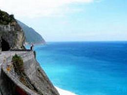 中国十大最美道路中的每一条都是美妙的旅程