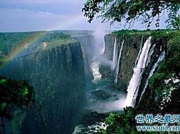 世界上最高的瀑布 距离地面1公里!
