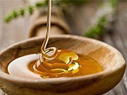 蜂蜜和糖有什么区别?外观和味道非常不同 可以清楚地区分