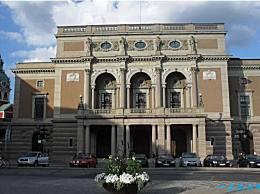 世界上最神奇的歌剧院排行榜 悉尼歌剧院排行第一