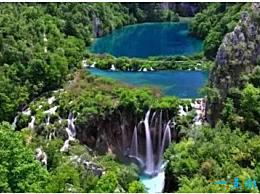 世界十大神奇湖泊都是独一无二的