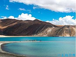 世界上最奇怪的湖是半咸水半淡水的班公湖