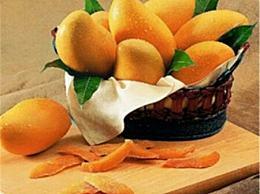 海南芒果又大又好吃 而且很便宜