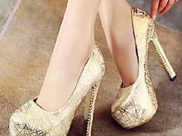 和狮子女与生俱来的气场搭配的专属高跟鞋